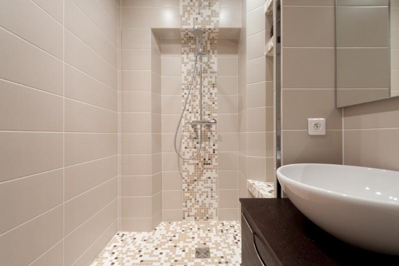 Emejing petite salle de bain douche italienne gallery lalawgroup