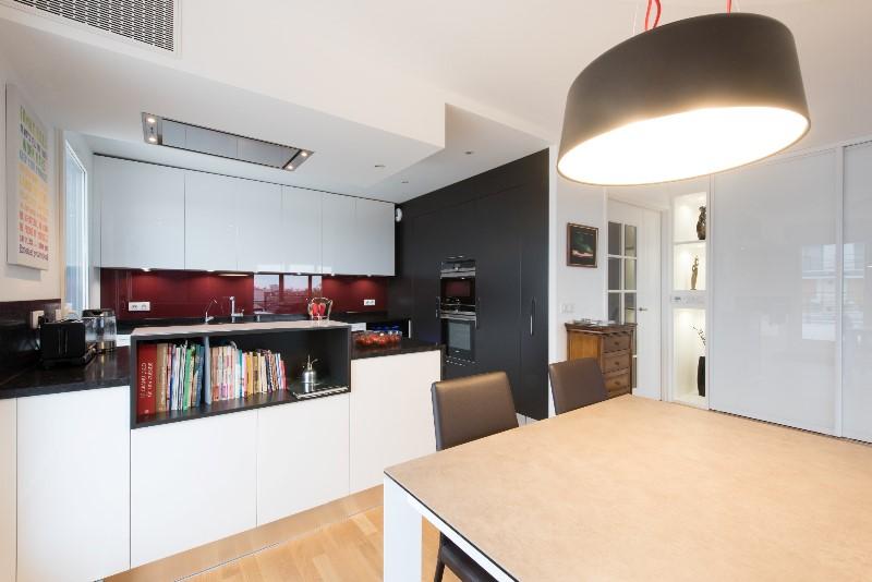 Grande cuisine ouverte avec îlot Armony Cucine Paris