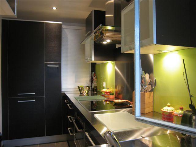 cuisine parisienne au design italien cr par l 39 architecte d 39 int rieur s verine kalensky paris. Black Bedroom Furniture Sets. Home Design Ideas