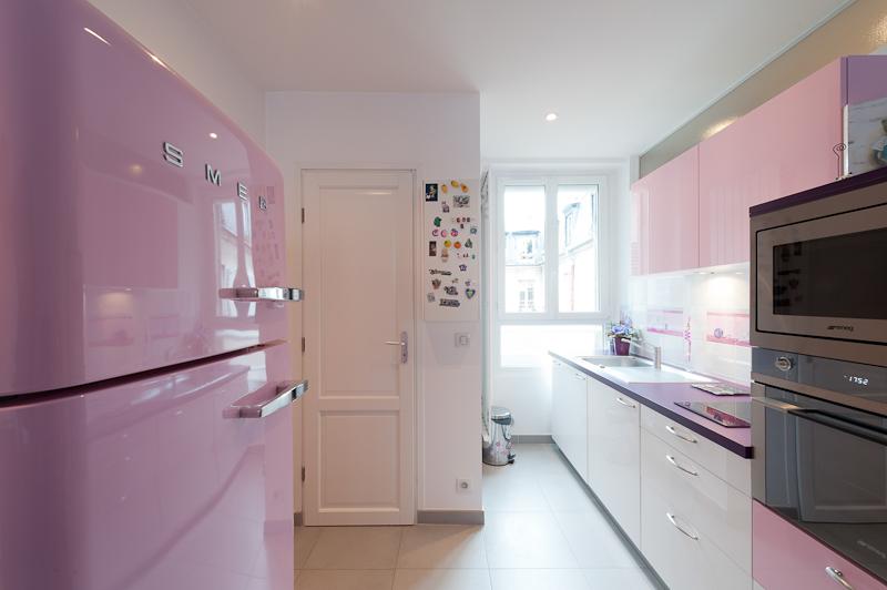 Am nagement d 39 une cuisine girly au seing d 39 un studio - Amenagement cuisine studio ...